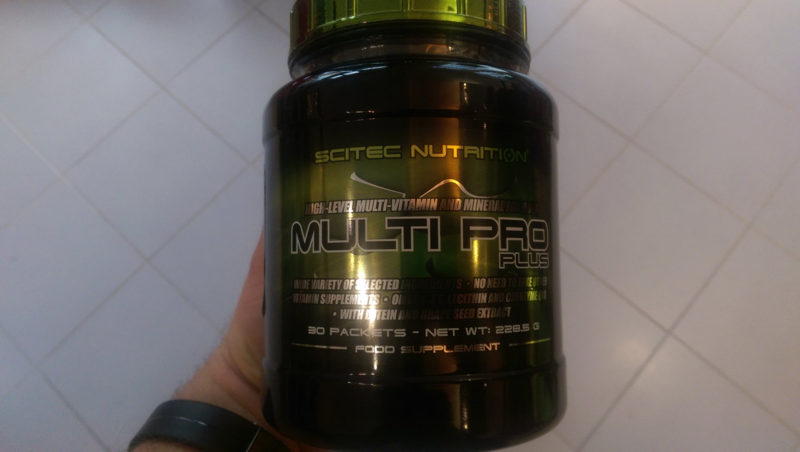 Multi Pro Plus von Scitec Nutrition - Review