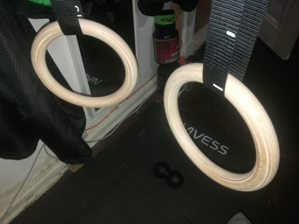 Turnringe Holz Gym Rings von BeMaxx Fitness + Türanker & Trainingsguide
