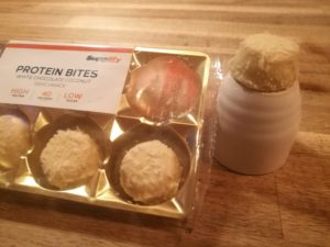 Supplify Protein Bites Weiße Schokolade Kokosnuss