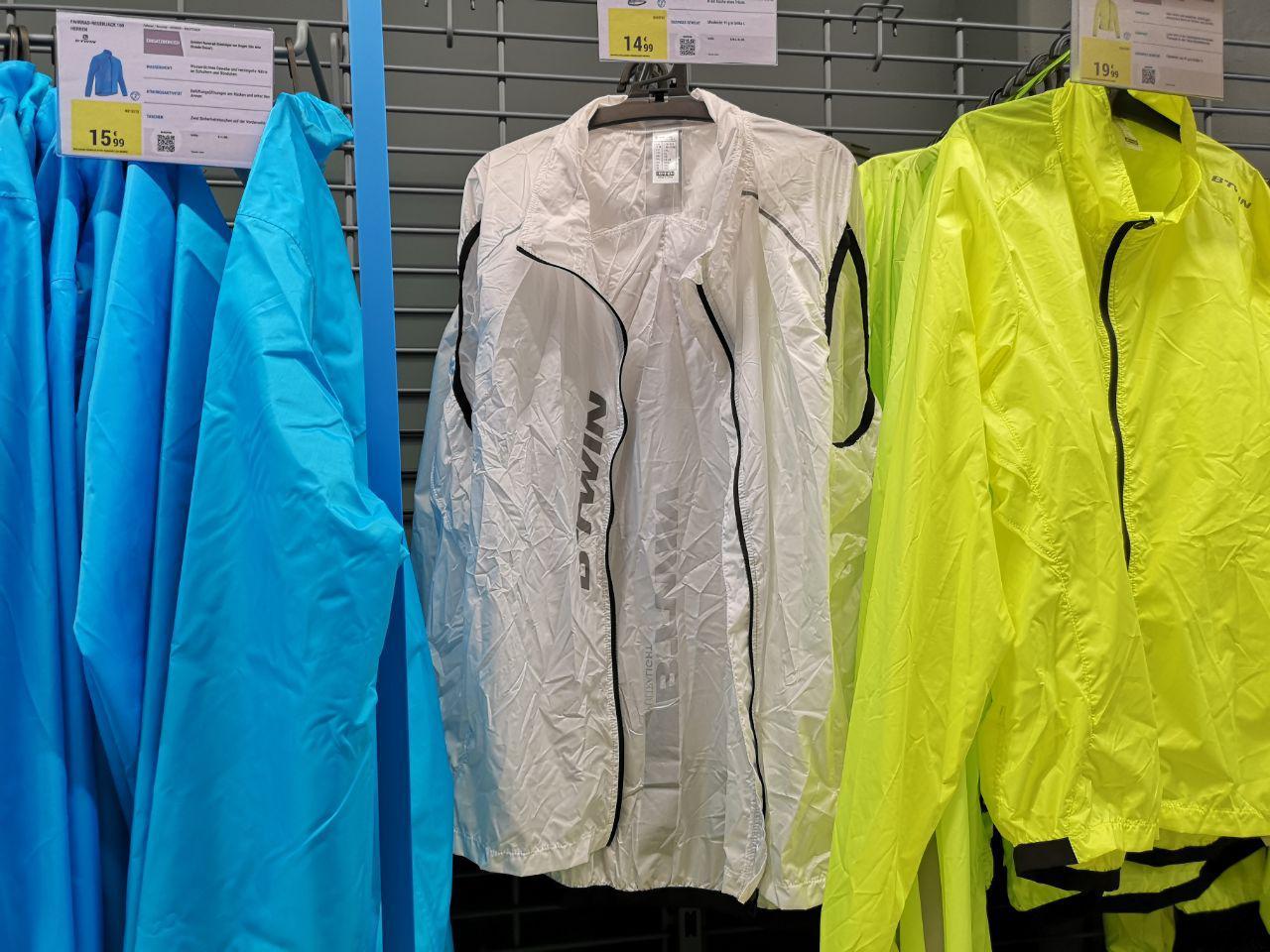 Fahrrad Windweste Ultralight 500 für Erwachsene in Weiß von BTWIN (Decathlon) Erfahrung