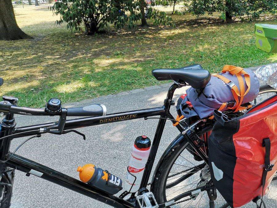 ITIWIT Wasserfeste Tasche auf dem Fahrrad